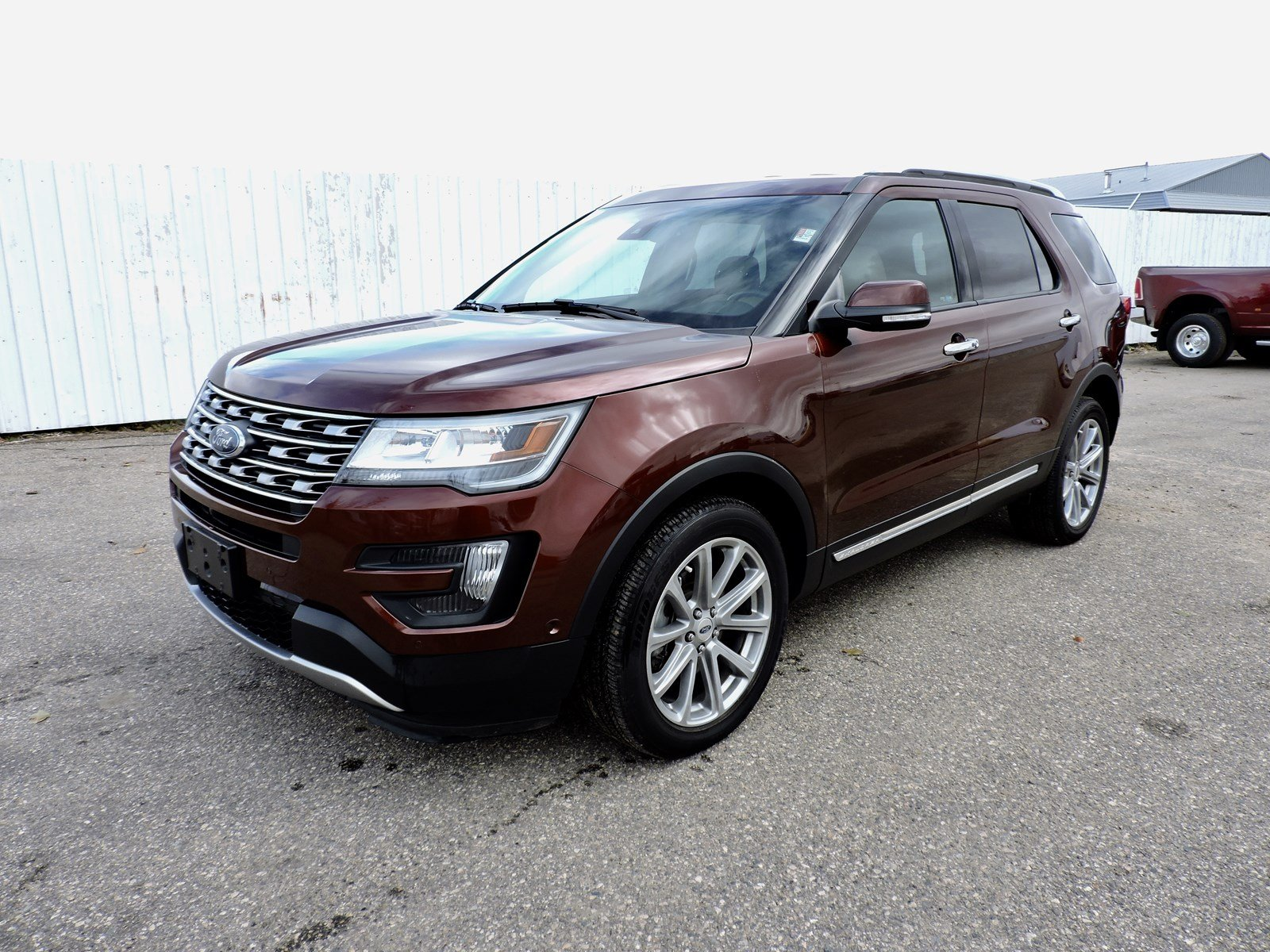 Pre owned 2016 ford explorer limited heated cooled leather nav back up cam