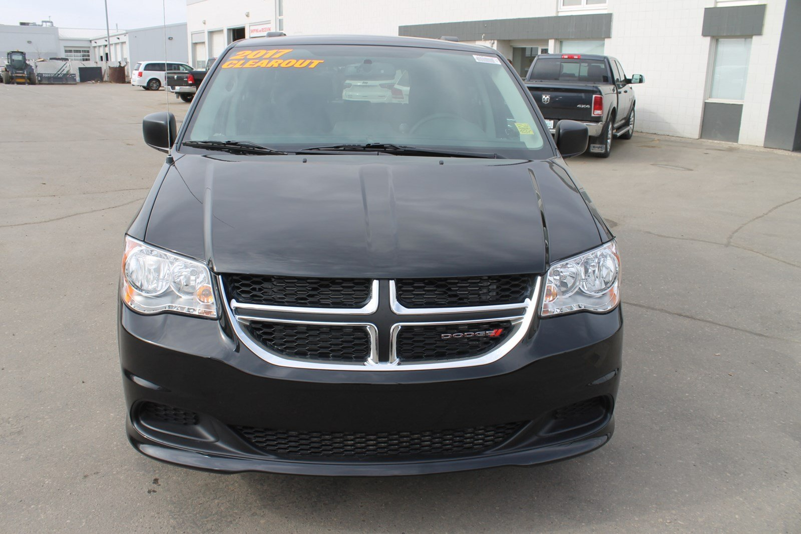 Knight Dodge Swift Current >> Pre-Owned 2017 Dodge Grand Caravan SXT - 2017 BLOW-OUT SPECIAL 'Stow N Go' Mini-van, Passenger ...